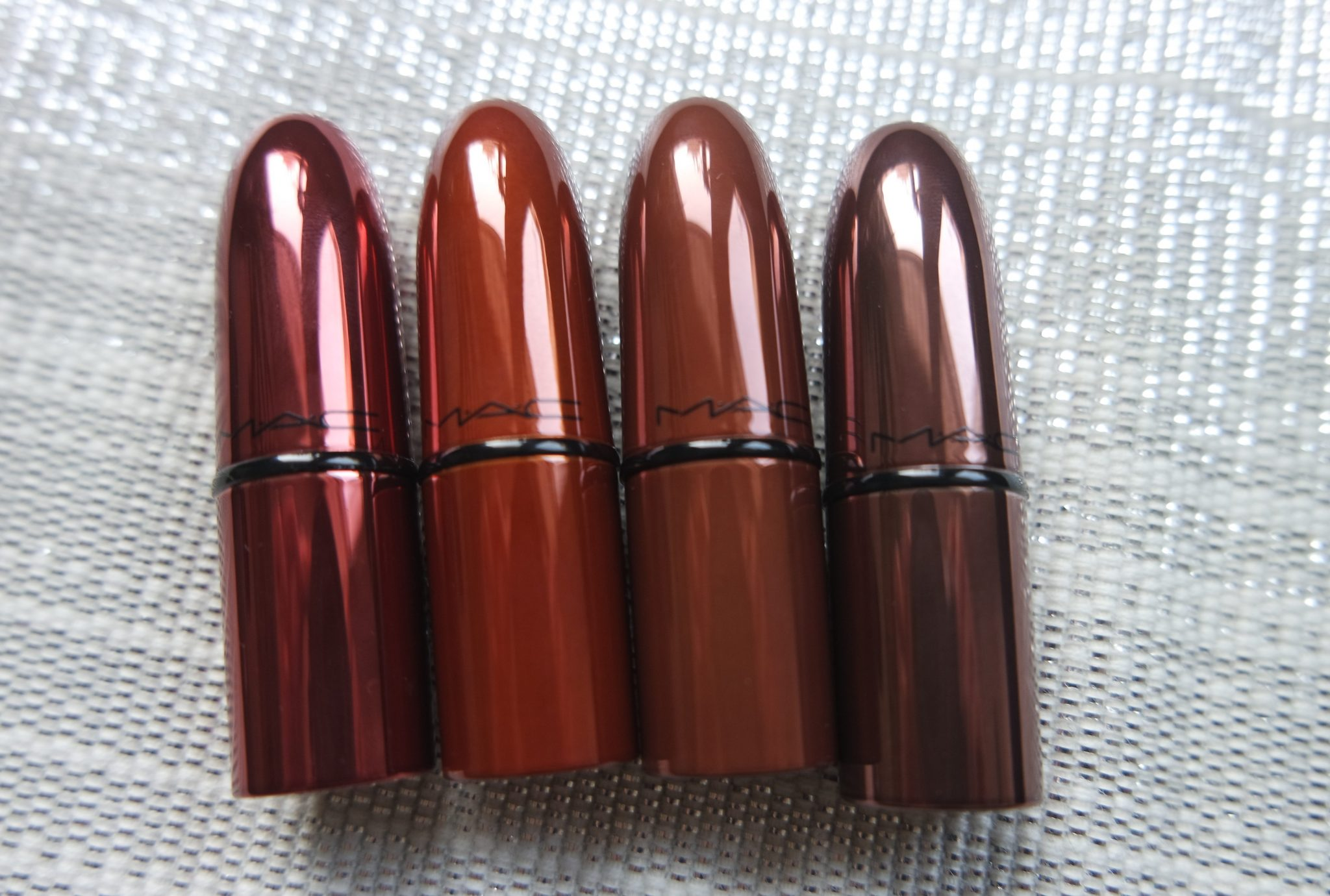 mac snowball lipstick kit review swatches