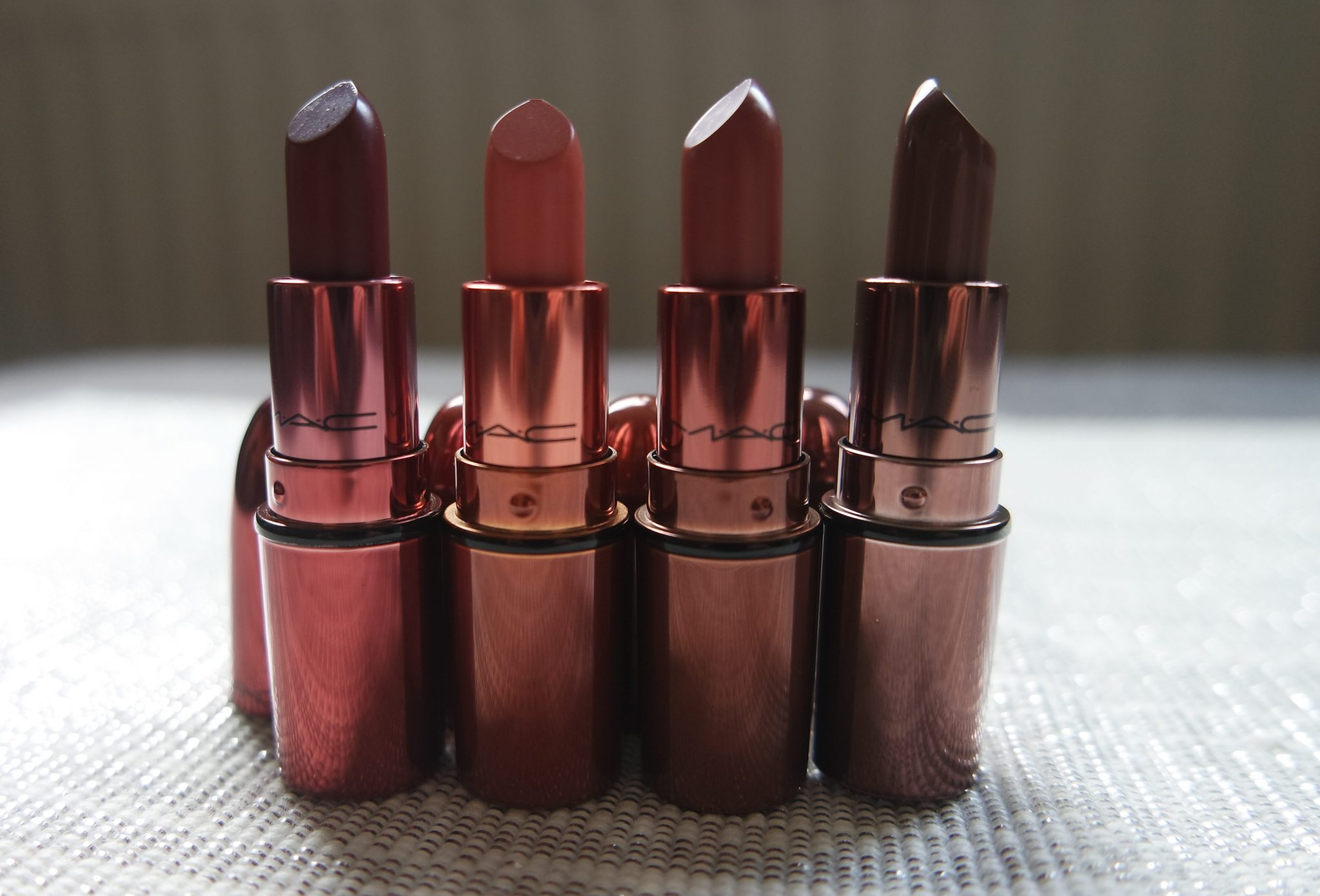 mac snowball lipstick kit review swatches diva velvet teddy whirl stone