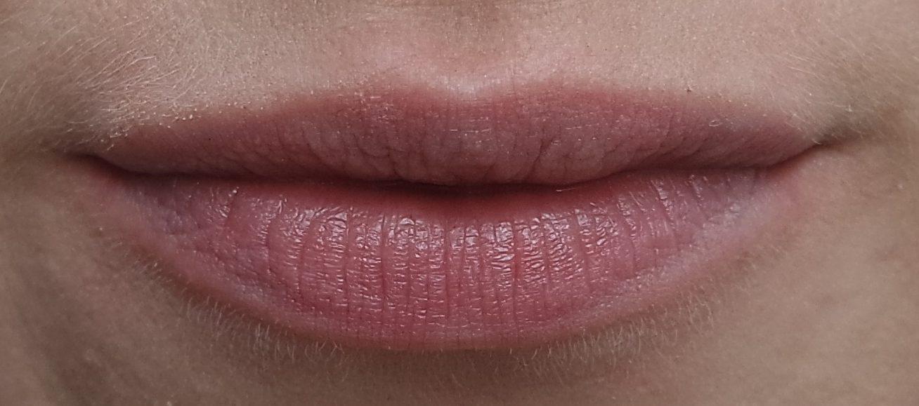 lipscrub milani