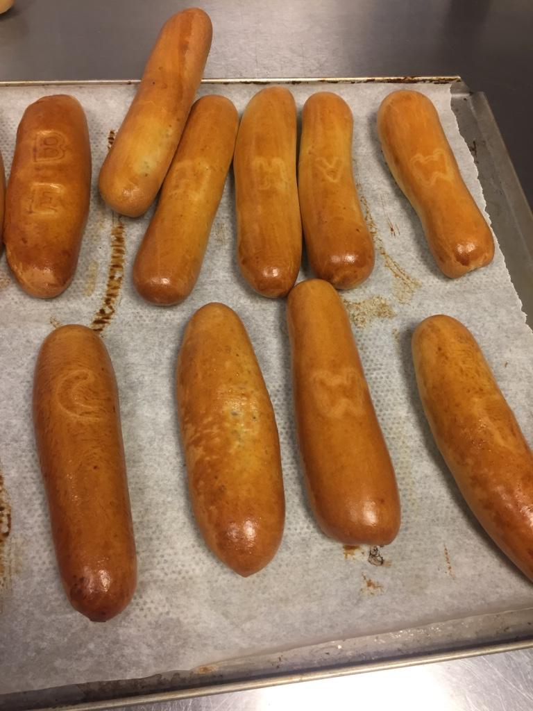 worstenbroodjes de luncherij